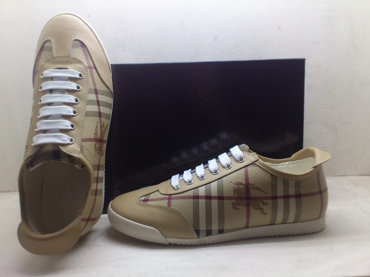 Cher Cher soldes Burberry Chaussures Pas Homme PgWRYqwF 52db1bb226d