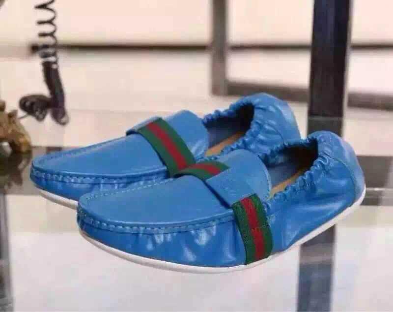 72.00EUR, gucci Sapatas - page8,boutique pas cher new Sapatas gucci set foot  Sapatas bleu b7cc0f3b1b9
