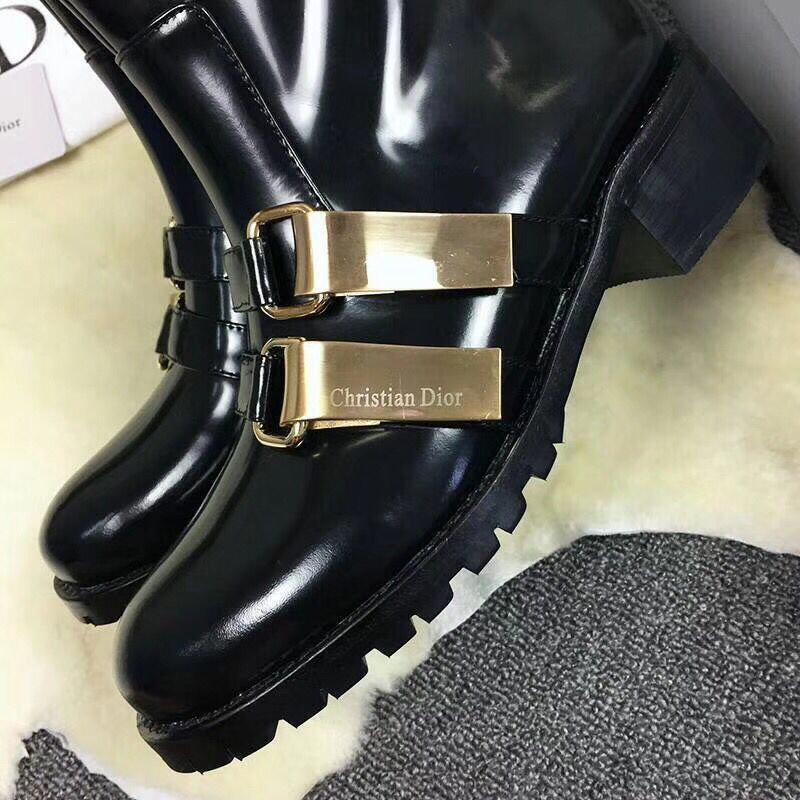 christian dior boots sale france belt buckle mirror Luxe vedette ... d28bf817bc0