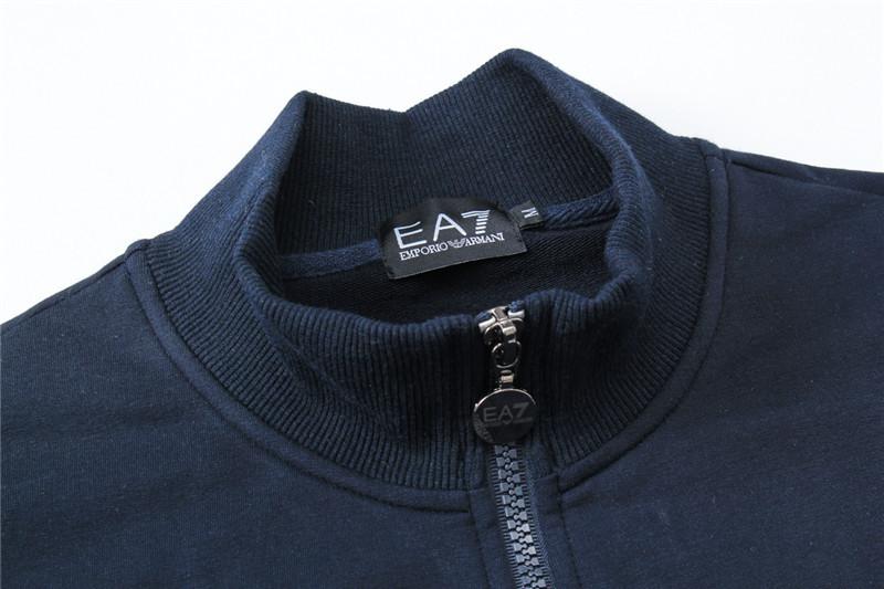 8d5db8905c2 ensemble de jogging ea7 armani veste et pantalon sweater ea7