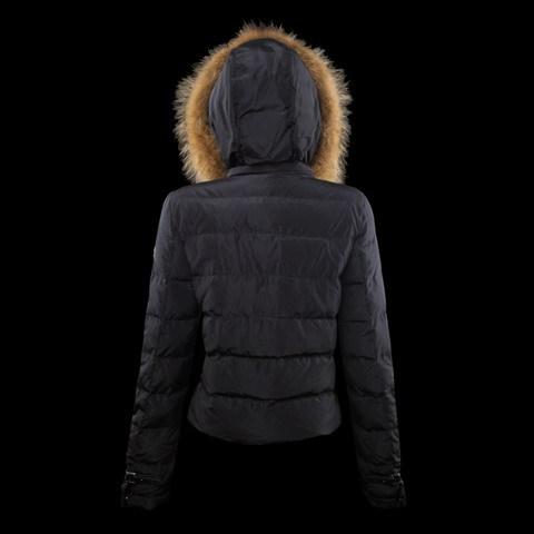 3d3582f6a180 manteau femme marque italienne,logo officiel sylver storn