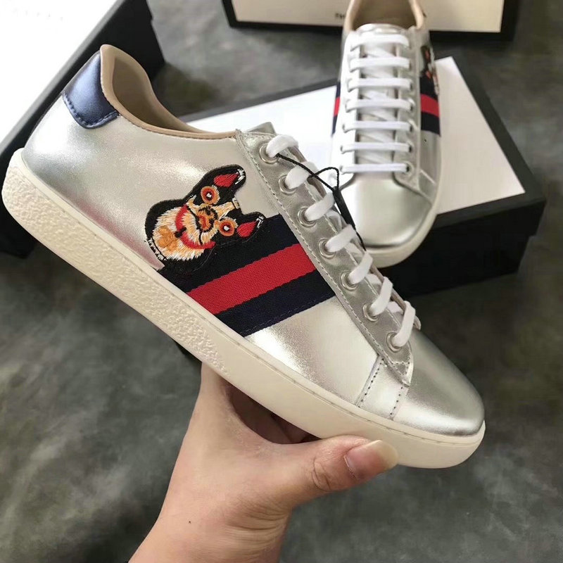 95.20, GUCCI shoes women - page5,gucci shoes women italy 2018 embroidery  the dog sneaker silver 786c33c0611