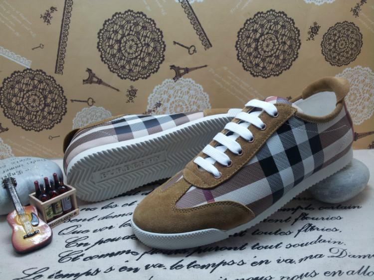 44901c11e03 Hommes Chaussures BURBERRY pas cher 2013 nouvelle inscription dess