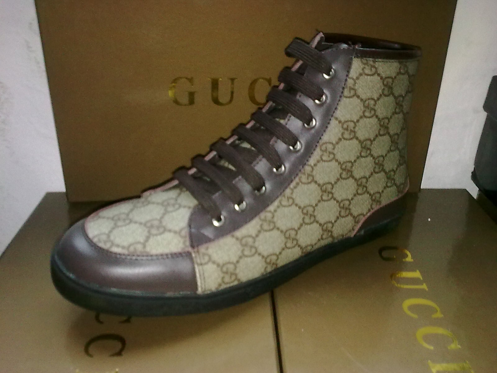 60812478224 gucci chaussure hommes