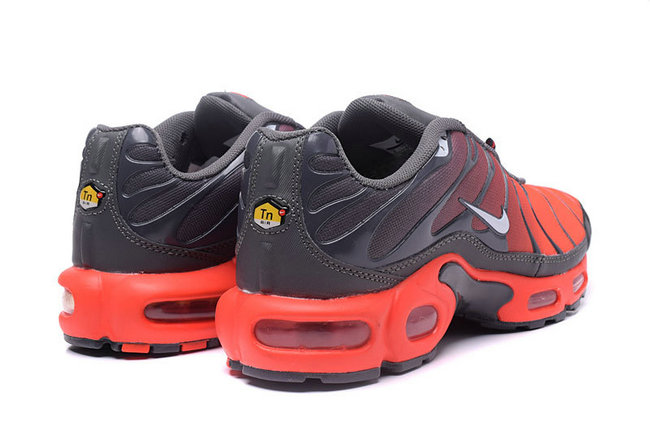 54353a172acd nike air max tn requin 2017 vrai flamme volcan,Tn requin,Nike tn Luxe  vedette PARIS style www.sac-lvmarque.com