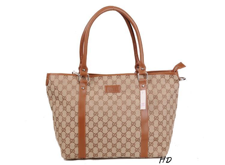 Gucci Sac 脿 main GG Marmont en cuir rose antique gucci sac femme 2dda5b295d5