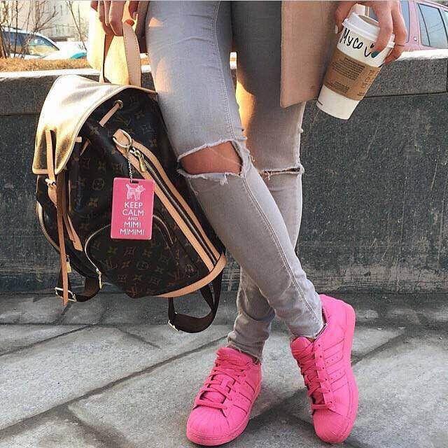 3931a07b3b591 superstar adidas mode chaussures de sport girl red