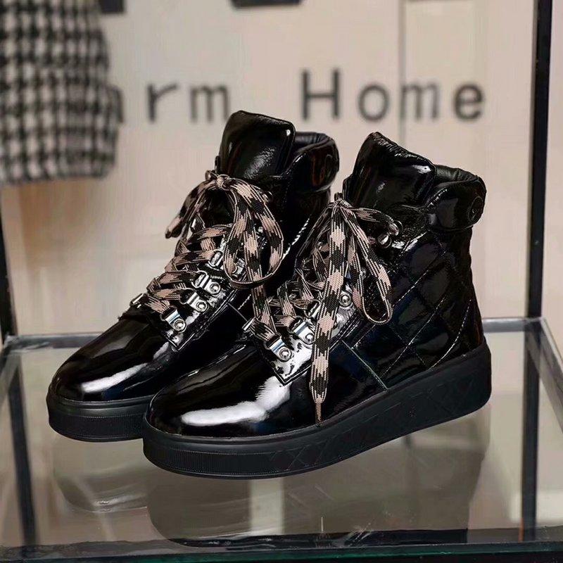 752b86ad1bbc 93.00EUR, CHANEL chaussures femmes - page7,chanel casual Schuhe frau  lacquer cowhide black
