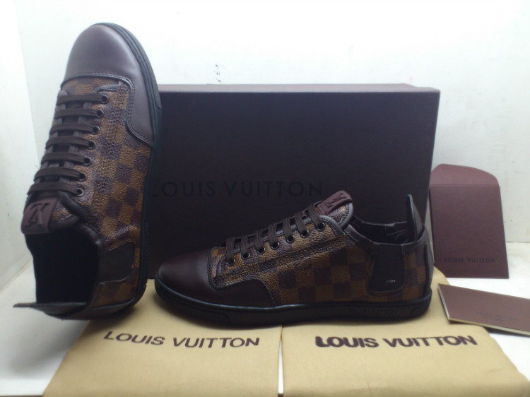 49.00EUR, louis vuitton Homme Chaussures , page29,louis vuitton 2013 chaussures hommes classic cuir grid coffie