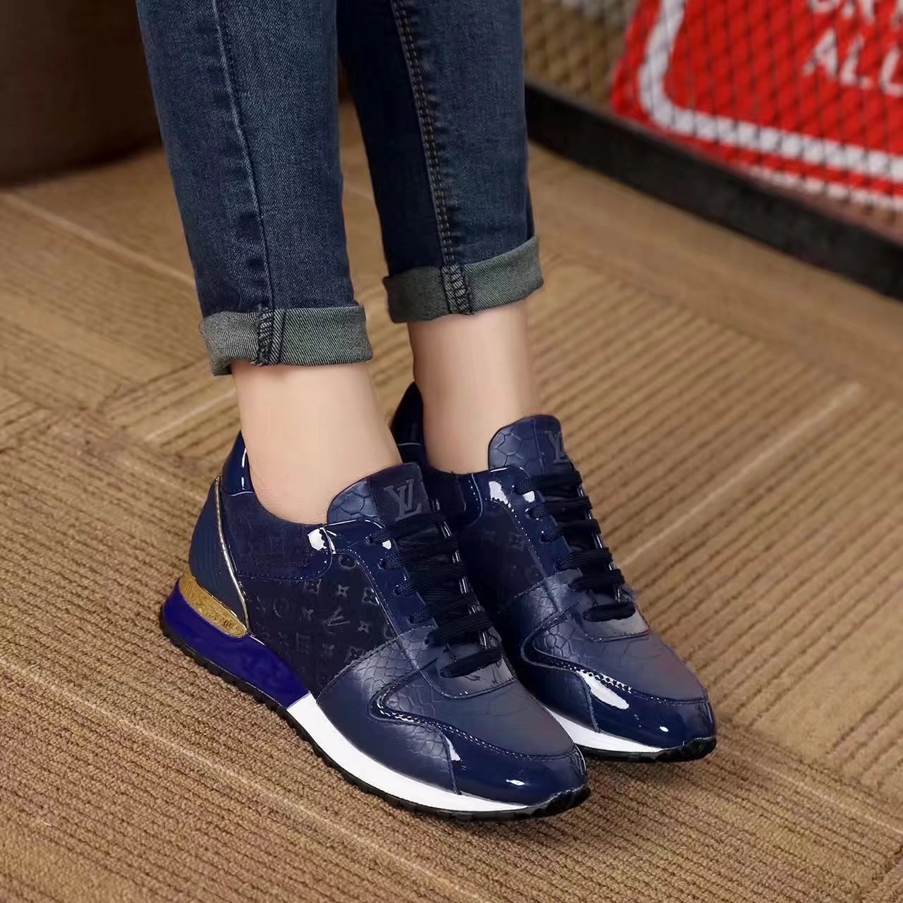 Louis vuitton shoes women - page1,louis vuitton new pattern women leisure  sports shoes embossing 6b7b2f534ac7