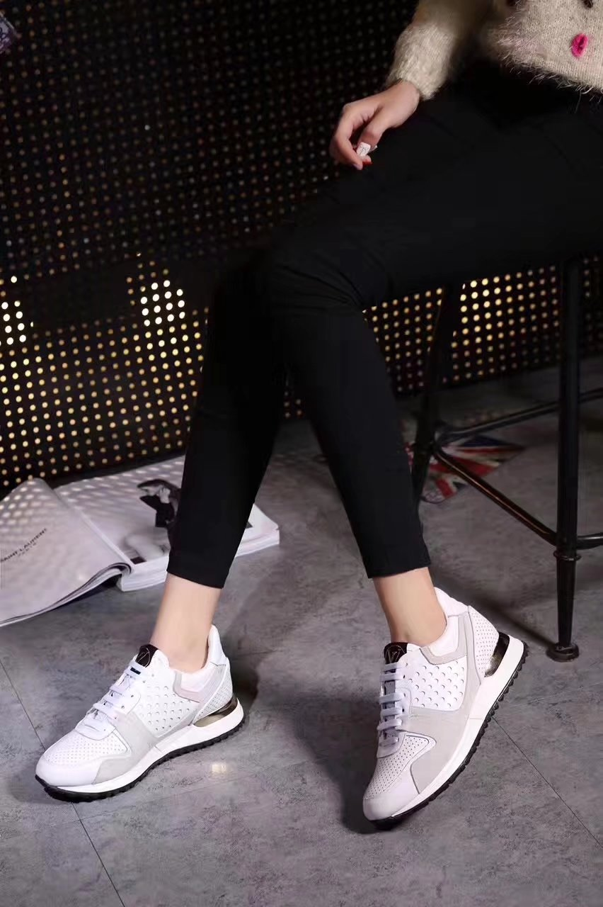 louis vuitton new pattern women leisure sports shoes fashion ventilation  blanc 6b6ad65a87a