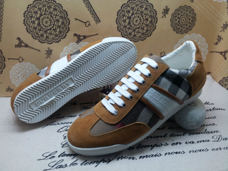 ac0c90f059ab 49.50EUR, chaussures Burberry homme pas cher,soldes chaussures Burberry  homme,france Burberry chaussures homme -
