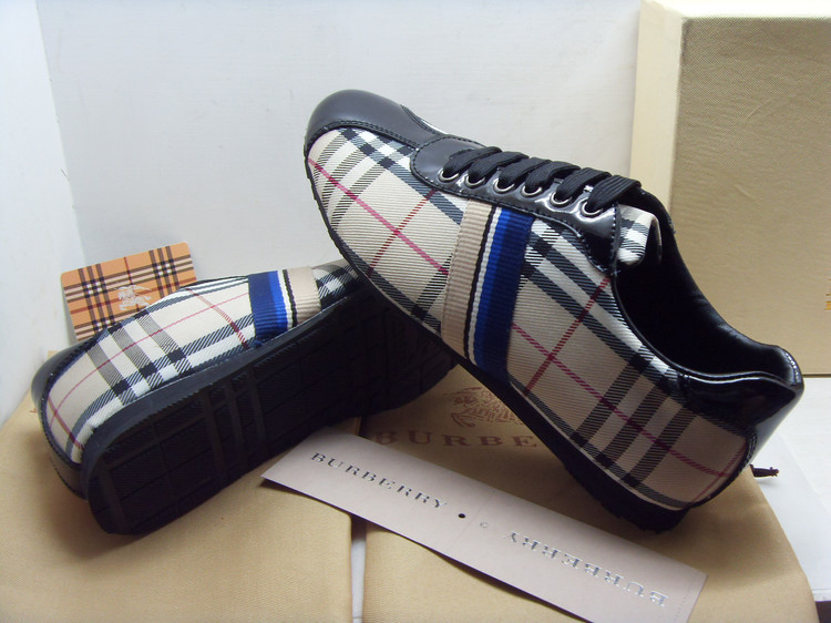 c824e315179 chaussure homme prix chaussure vente trench burberry burberry femme 8x0n56Z