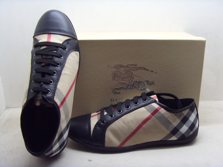 bcdbd360ade Chaussures Burberry Femme Soldes