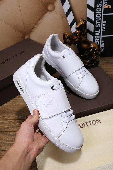 chaussures louis vuitton tennis style velcro white Luxe vedette ... 7b8e7b8c7ac