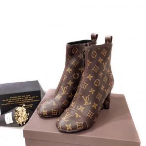sneakers run away louis vuitton femmes classic flower bottes Luxe ... cdfe61ec891