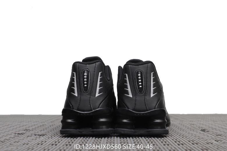 new product ae1ca db00a tenis nike shox r4 pas cher all black